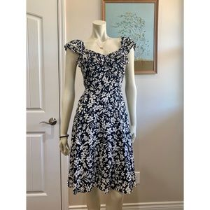 SOLD Old Navy Dress